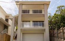 AVAILABLE NOW, room in great sharehouse 165pw Norman Park Brisbane South East Preview