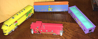 BACHMANN- 'HOW THE GRINCH STOLE CHRISTMAS' WHOVILLE SPECIAL TRAIN HO SCALE