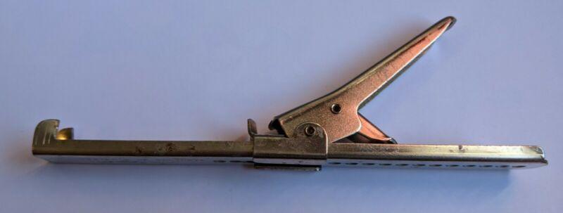 Vintage Metal WINCHESTER OF CARTHAGE MO Adjustable Metal LID CAP JAR OPENER