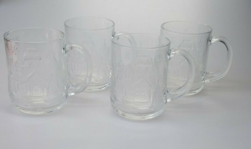 Arcoroc Welcome Home Holiday Four 10 oz Glass Mugs Holiday Scene Frosted Box