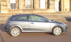 Great Condition, Low Mileage - 59 Plate Vauxhall Astra Design 1.6 Metallic Blue Paint