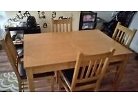 pine table and 4chairs,,table extends