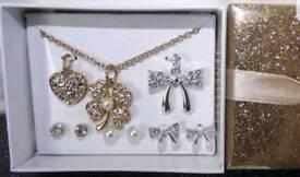 Earring gift set