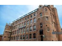 Studio flat in Russell Street, Nottingham, NG7