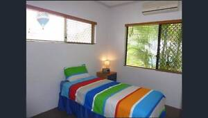 2 Rooms for rent in share 3 bedrooms house Furnised / Unfurnished Edmonton Cairns City Preview