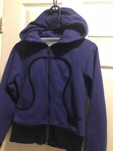 Lululemon sweater, girls, size 4.