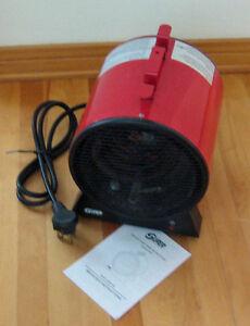 À vendre-Chaufferette électrique industrielle 4800 Watts/240