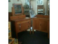 Edwardian Gentleman's Oak Dressing Table & Cupboard
