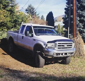 PRICE REDUCED !! 1999 Ford F-250 Pickup Truck