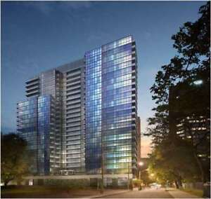 Luxury 1+ 1 Den W/South Facing Terrace Located At 210 Simcoe St