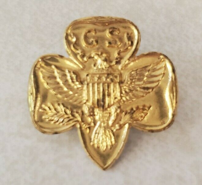 Vintage Goldtone Girl Scout Pin GS Eagle Pinback