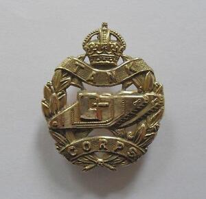 BRITISH ARMY CAP BADGE. THE TANK CORPS.