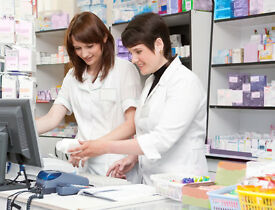 PHARMACY HEALTHCARE ASSISTANTS & DISPENSERS REQUIRED - OVERTON- BASINGSTOKE - RG25 3HS - P/T & F/T