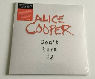 Alice Cooper – Don't Give Up 7