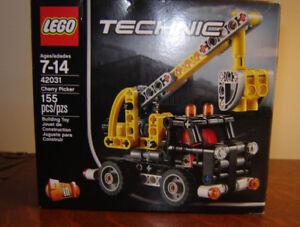 Lego Technic #42031 Cherry Picker - New in Box!