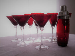 Red coloured Martini & Wine glasses with Shaker