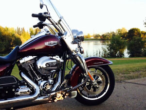 2014 Project Rushmore Road King FLHR
