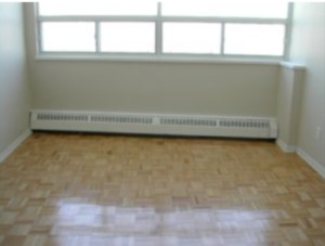 Room for rent- Available immediately ( lawrence/ Victoria pk Av)