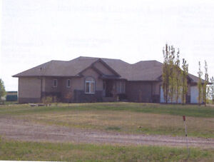 4.82 ACRES WITH HOME FOR SALE - ALCOMDALE
