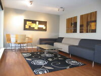 2 Bedroom Apartment Luxury with en-suite, Balcony & Private Parking - Hawkhill, Lochend, Easter Road