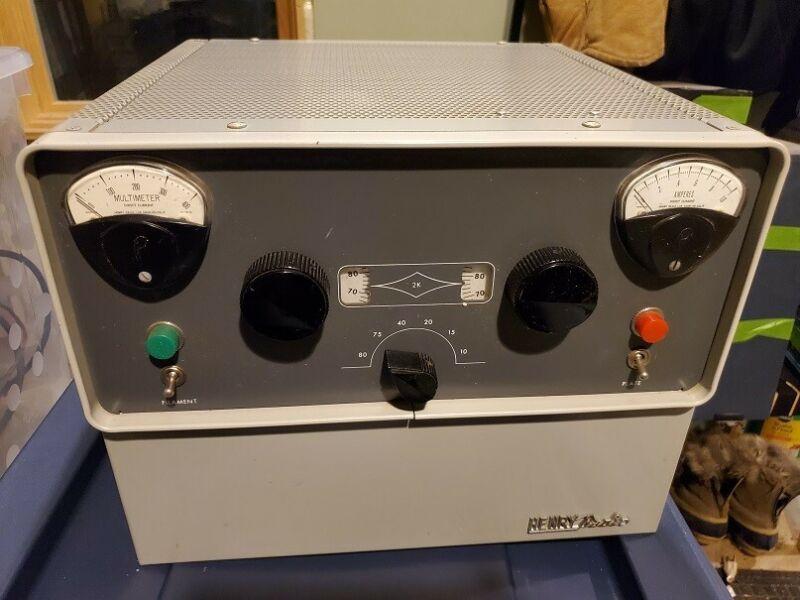 Henry Radio model 2-D HF RF Amplifier