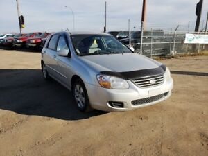2008 Kia Spectra5 LX 2.0L 4 cyl. Low KM'S & Remote Start!