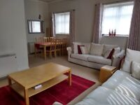 2 Bed Executive Style Ground Floor Apartment to let to Professionals – Private Landlord, no fees