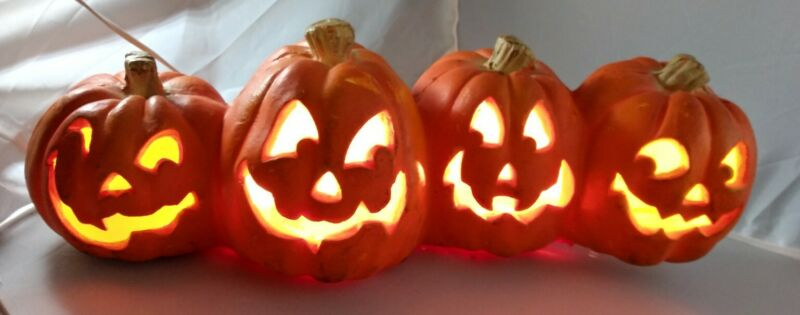 Vintage 1995 Halloween Light Up Pumpkin Jack O Lantern Trendmasters 19 in. Long