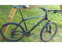 """2011 Boardman COMP large mountain bike with Rockshox fork, 26"""" wheels, 27 gears, disc brakes"""