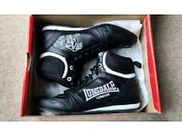 Lonsdale junior boxing boots size 4 NEW