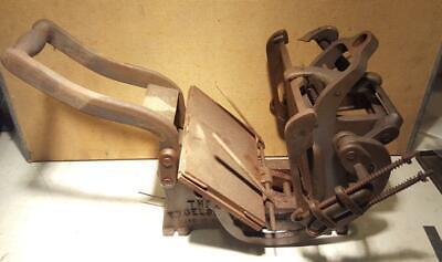 Kelsey 5x8 Model-n Table Top Press Rusty Needs Restoration Letterpress V48