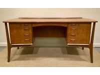 SVEND AAGE MADSEN Danish Retro Vintage Teak Floating Frame Executive Desk with Keys