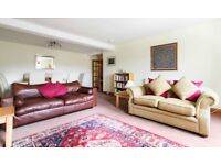 SHORT TERM LET: (Ref: 747) Bellevue Road. Bright and spacious 2 bedroom flat!