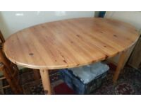 Extendable Pine Dining Table with 6 Chairs in Excellent Condition