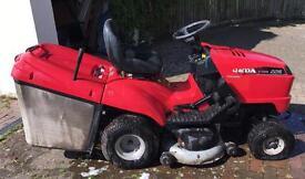 Honda 2216 V-Twin Engine Honda Hydrostatic Ride on Lawnmower