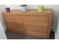 Wooden chest with 4 drawers