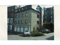 SINGLE GARAGE TO LET IN EDINBURGH SPRINGFIELD LANE OFF LEITH WALK BEHIND MAJESTIC WINES £130 PCM