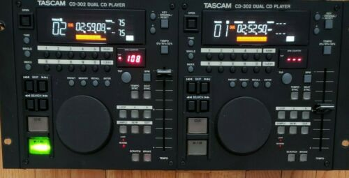 EXCELLENT TASCAM CD-302 DUAL CD PLAYER