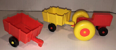 Vintage Fisher Price little people red tractor w/red & yellow cart wagon Farm