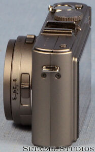 Leica D-Lux 4 Titanium Special Set Camera Outfit Mint [20692] Kitchener / Waterloo Kitchener Area image 5