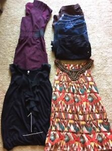 WOMENS CLOTHING LOTS  (Size LARGE)