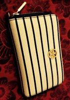 Authentic Tory Burch Wristlet.