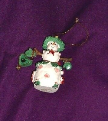 3.5 inch Snow Mama Resin Christmas Ornament (1990s) Wife or Mother of a Snowman!