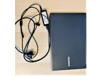 """Samsung Series 9 14"""" NP900 X4C Laptop Great condition"""