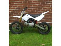 stomp 140cc pit bike , not cr kx yz mr2