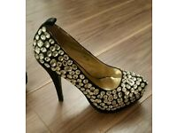 Size 5 Diamond Heels shoes