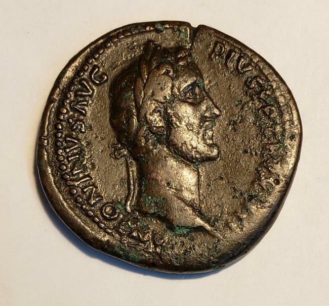 Antoninus Pius Sestertius. Rome, AD 140-144. ANTONINVS AVG PIVS P P TR P XIII