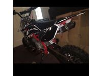 Yx-140 white edition pitbike