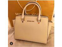 Michael Kors medium Selma white bag new genuine