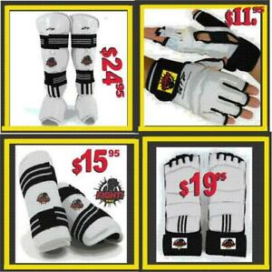 TAEKWONDO SPARRING  GEARS, GREAT QUALITY, BEST PRICE IN TOWN, DISCOUNT FOR CLUBS .75%OFF (905) 364-0440 WWW.FIGHTPRO.CA